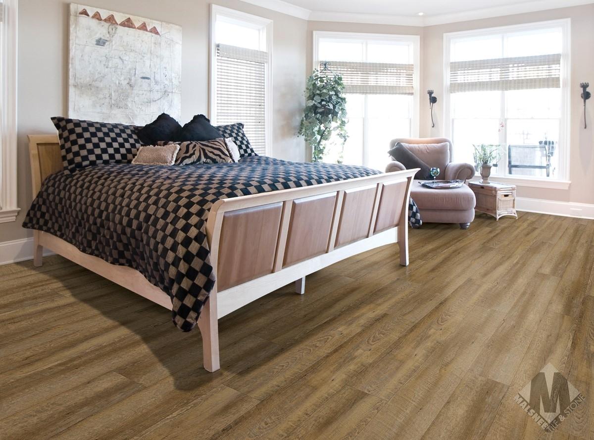 Catalina Oak Roomscene