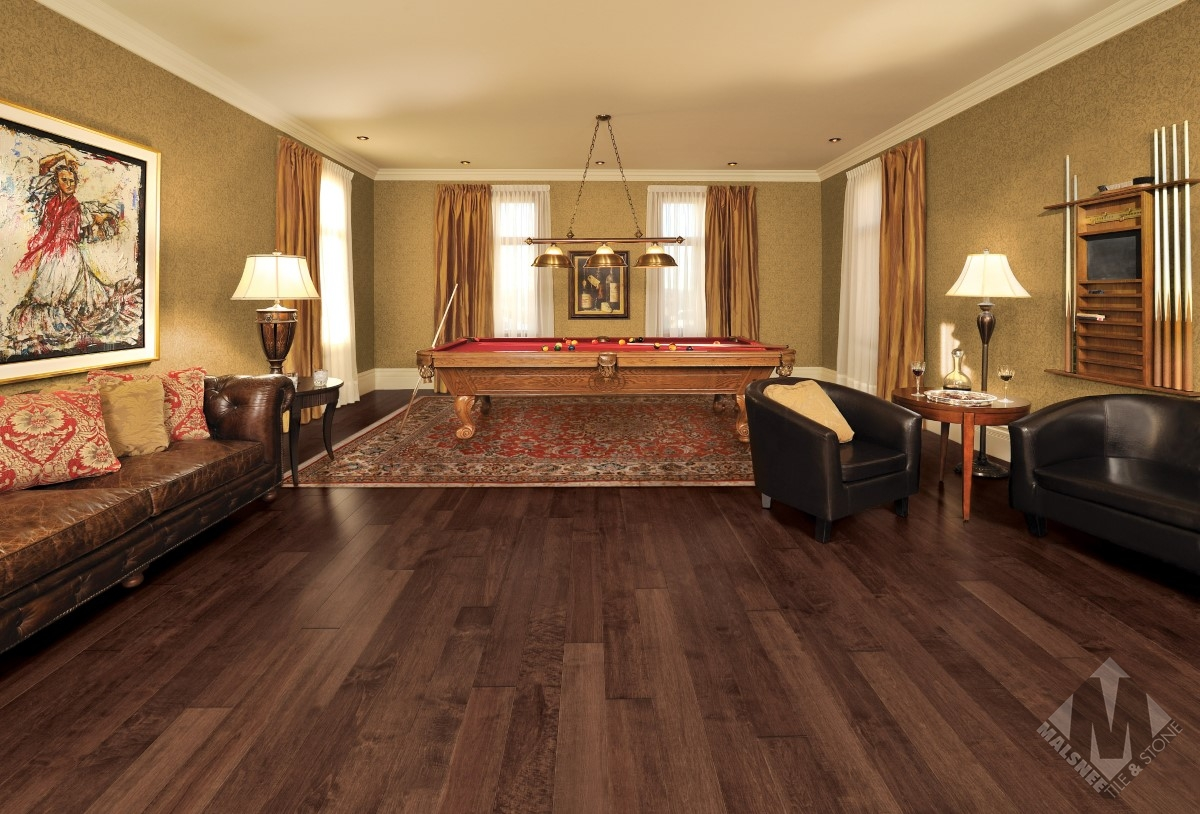 hardwood-flooring-maple-gingerbread-character-smooth-1